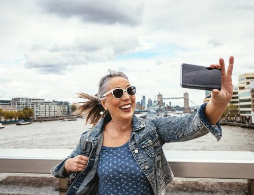 4 Ways to Use Your Phone While Traveling
